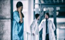 Sağlık Personeli Neden Mutsuz ve Umutsuz?